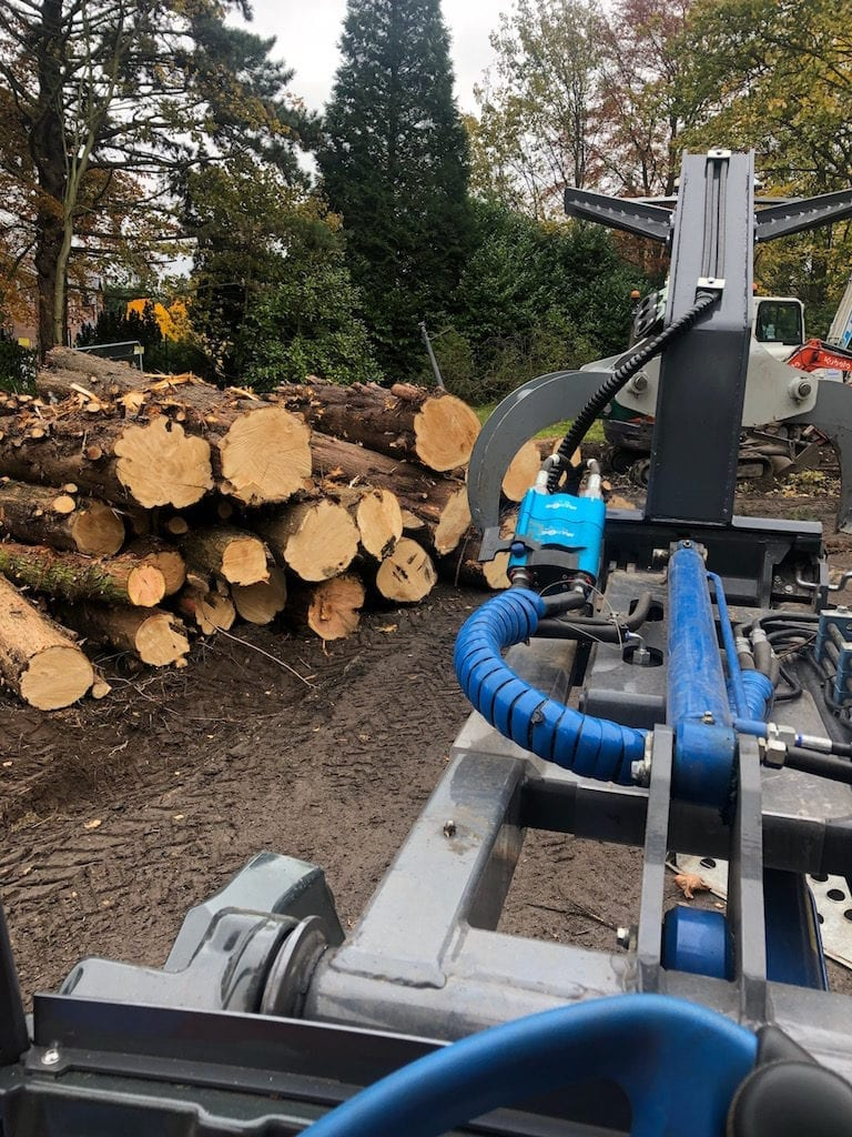 Wainwright Stump Removal | Professional Tree Stump Grinding and Removal Cheshire and the North West | Machine